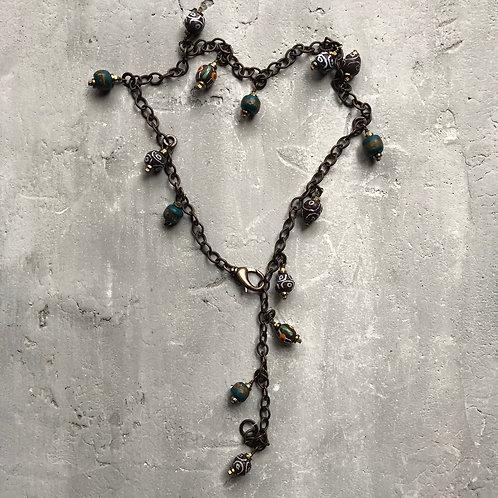 Brass chain w/trade beads