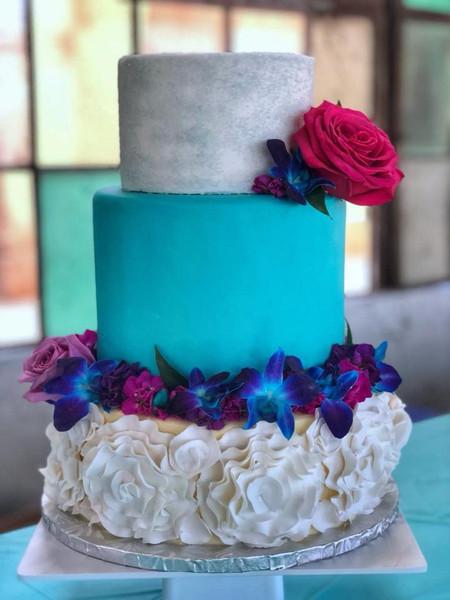 Bright & Fun Wedding