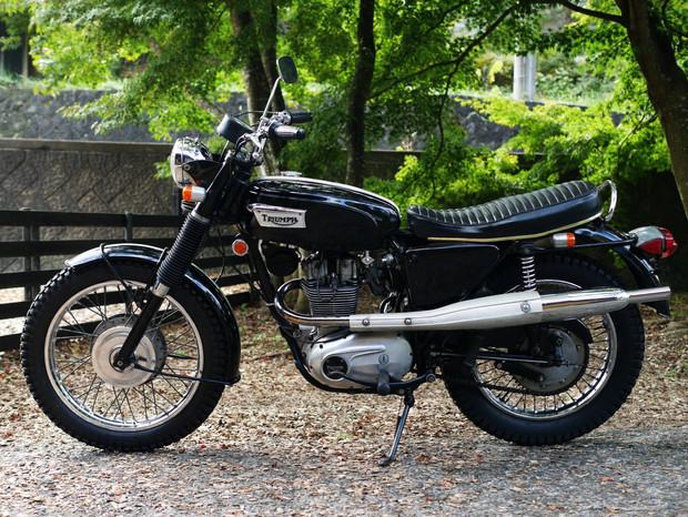 1970年 トライアンフ TR25W