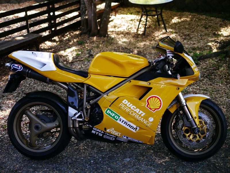 Ducati996