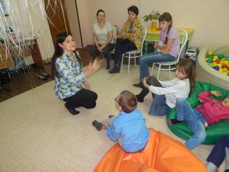 """""""Музыкальное путешествие"""" для детей-инвалидов и их родителей"""