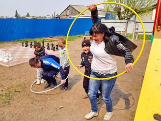 «Сибирские семейные игры» укрепляют детско-родительские отношения…