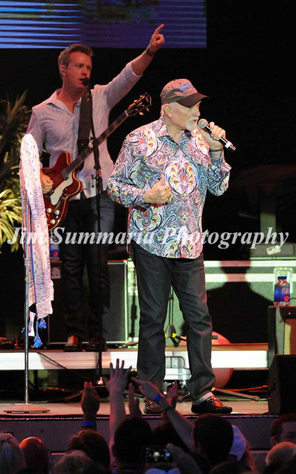 Mike Love, Beach Boys, 2016