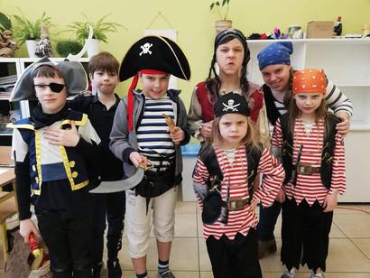 Piraci na języku niemieckim