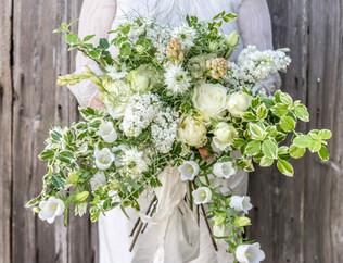 large white bouquet.jpg