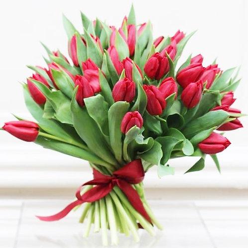 Red Tulip Valentines Bouquet