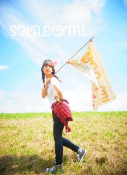 旗を持つ人:宮川美穂