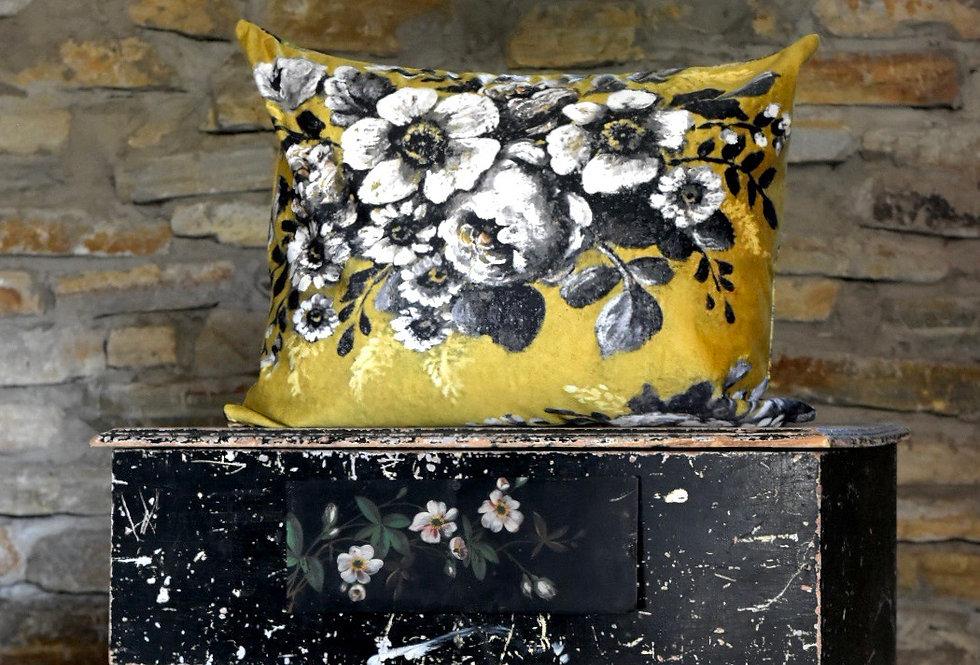 Bon Jardin Pillow Cover