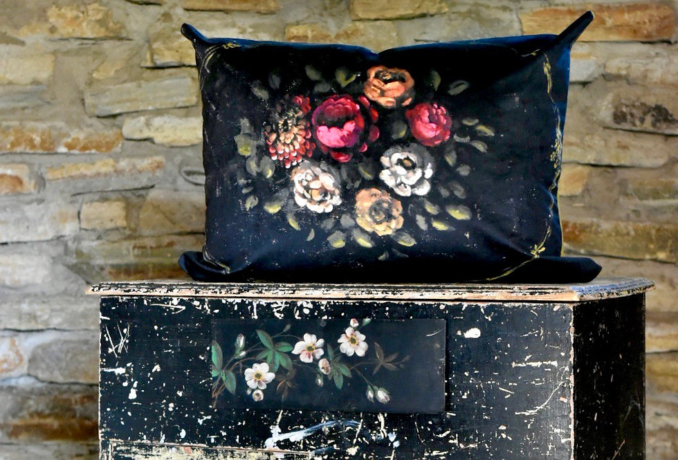 Mystere Pillow Cover