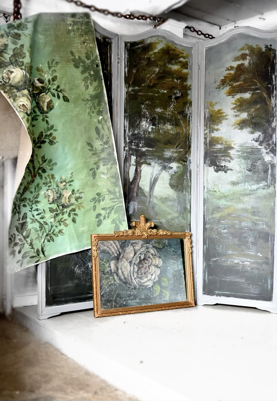 Jennifer Lanne floral, vintage wallpaper inspired backdrop artwork