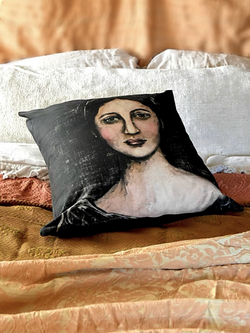 Jennifer Lanne portrait Pillows