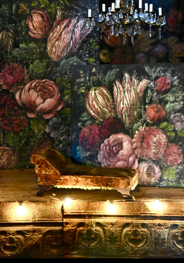 Floral paintings artwork by Jennifer Lanne of Dutch flowers