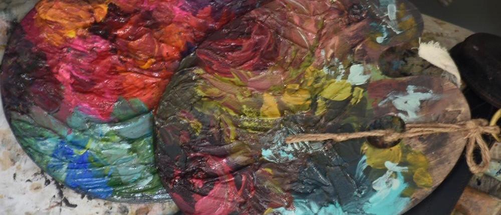 Jennifer Lanne paint palettes