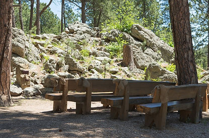 6.2.6.0-outdoor-chapel-seating.jpg
