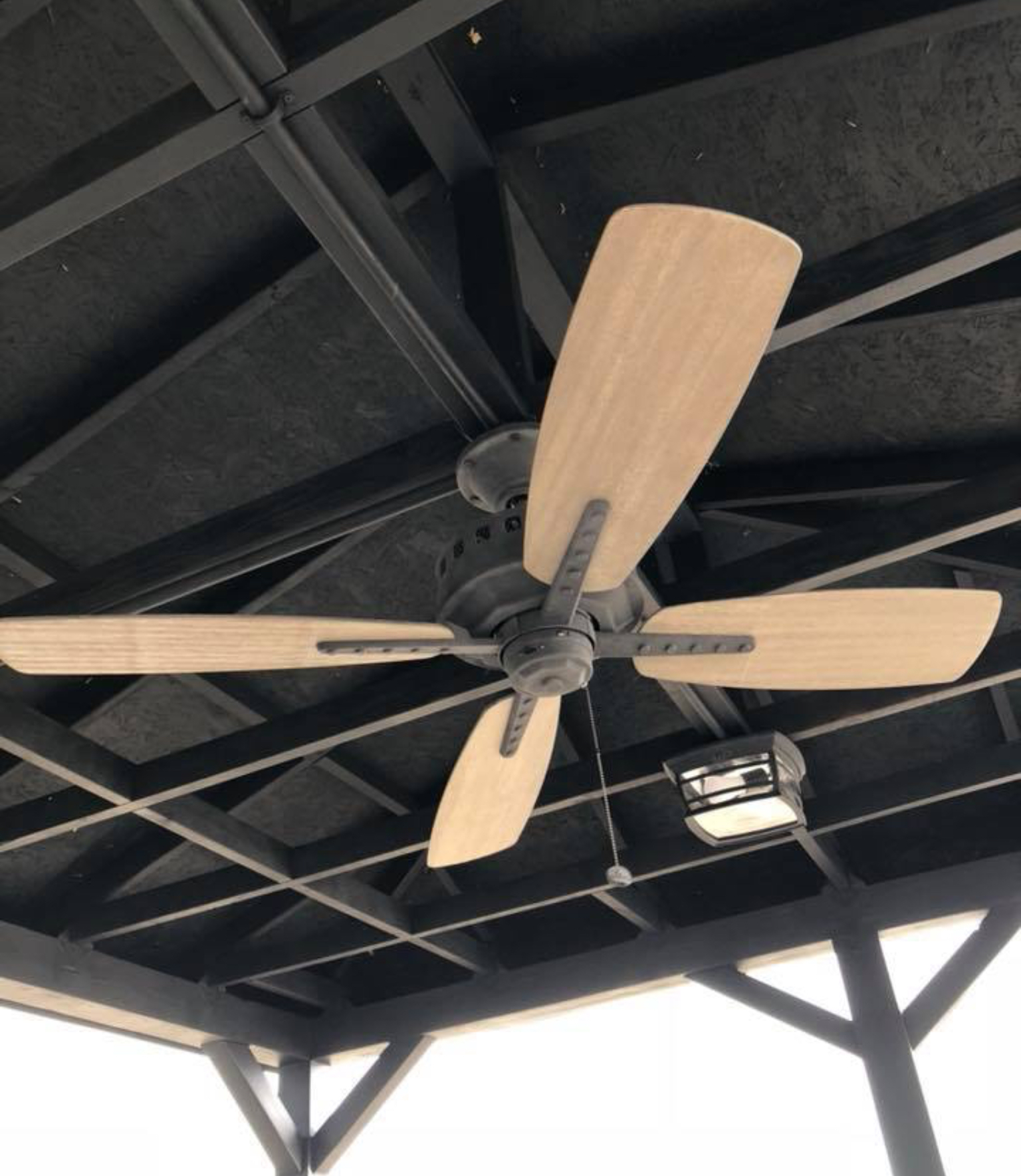Metal/Wooden Fan