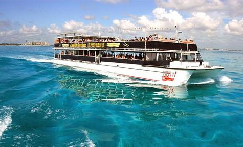 aquatic-funday-park-catamaran-princ-min.