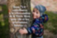 enfant-embrassant-arbre_web.jpg