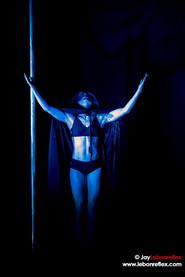 Sono / Light pole dance
