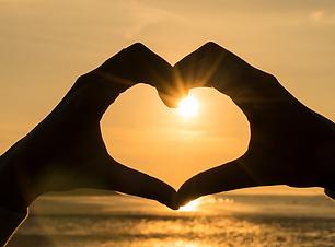 beach sunset heart.png