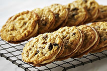oatmeal-sandwich-cookies.jpg