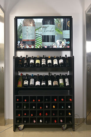 smart wine shelves-1.jpg