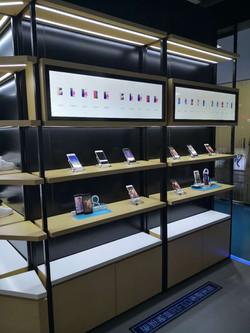 Multi-shelves displays