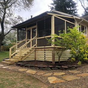 Screened-in Porch with Hardscape Entryway
