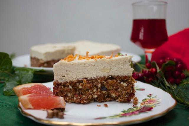Raw Healthy Xmas Cake