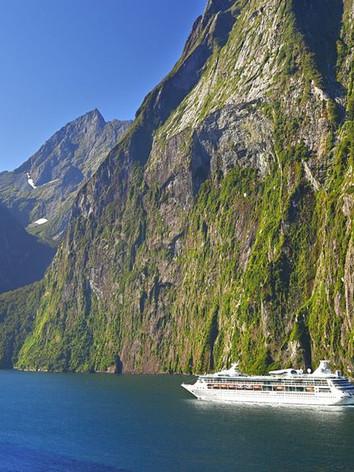 Milford Sound-Fiordland NZ