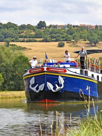Barge Cruising