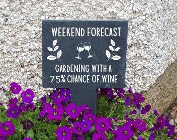 Slate Garden Sign (Weekend Forecast)