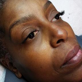 Brow Wax & Individual Flare Lashes (Medium)