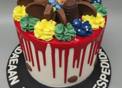Drip cake - three colour hives