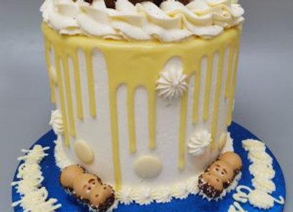 Drip cake - white kinder bueno