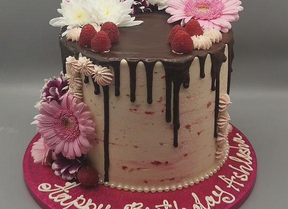 Drip cake - raspberry and chocolate