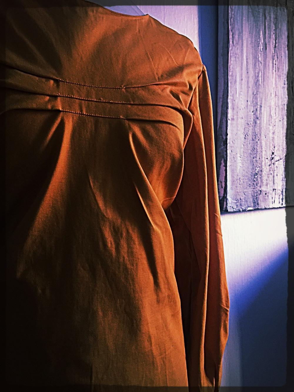 blouse satin coton orangé et plis @galondingres