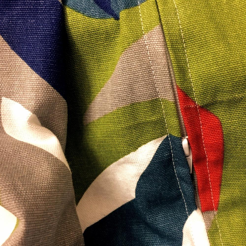 fermeture glissière pour déhousser facilement le matelas + toile de coton imprimée