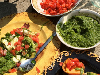 Now Available! Living in Italian: Crostini & Wine Healthy Entertaining Italian Style  E-Book!