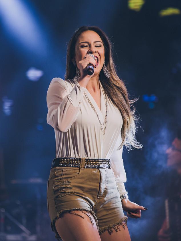 Tainá Cardoso