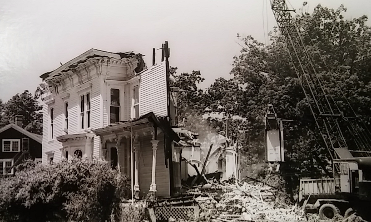 Morrison Hall Demolition 1971