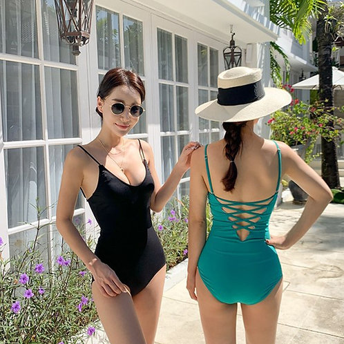 Strap Backless Swimsuit 搭帶大露背連身泳衣