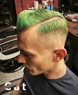 Zielone męskie włosy
