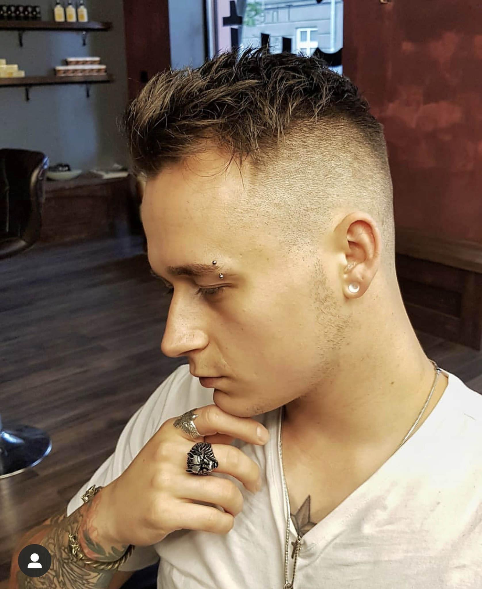 Zwiewna, lekka fryzura męska