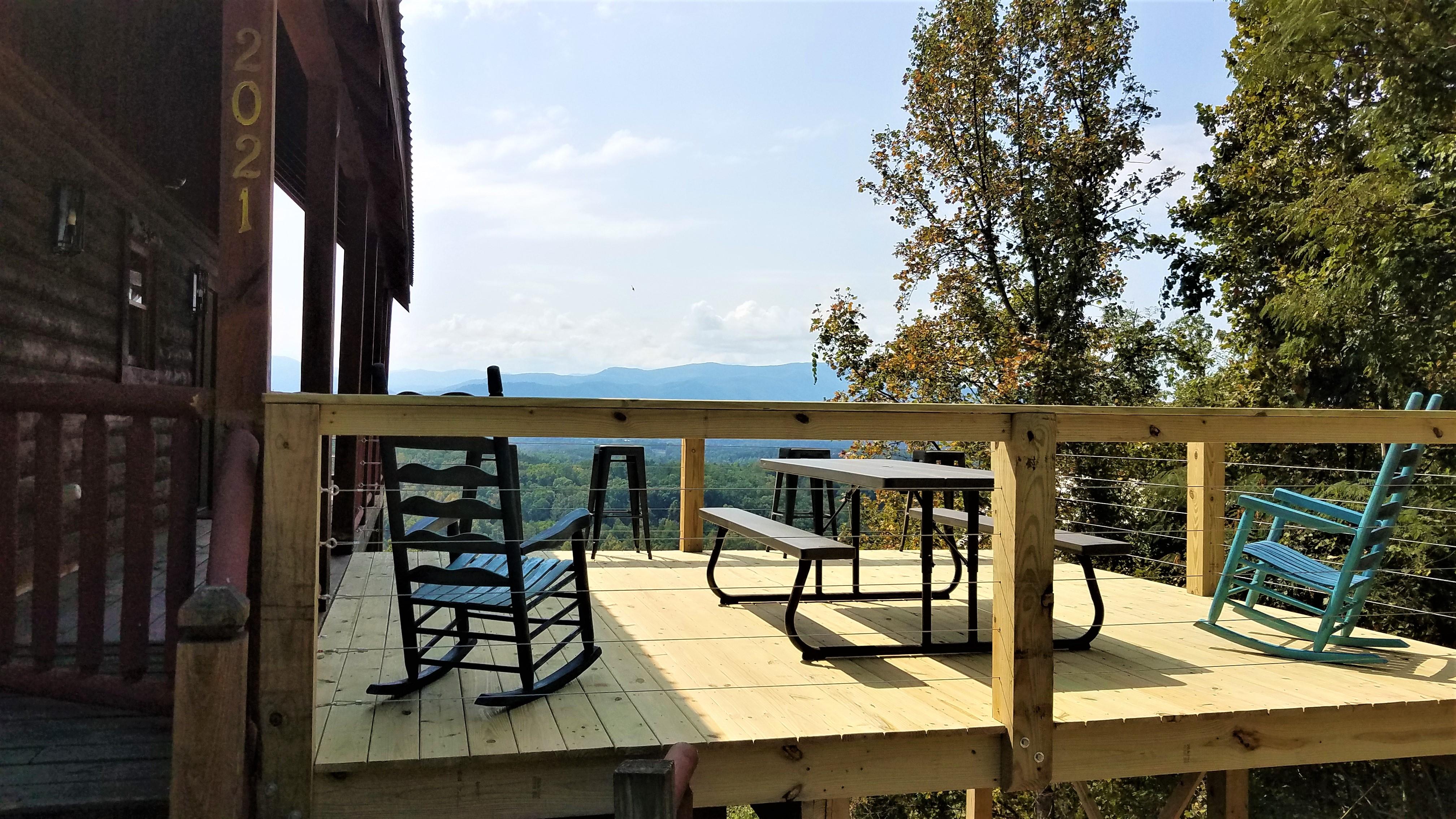 Peaks view deck 3
