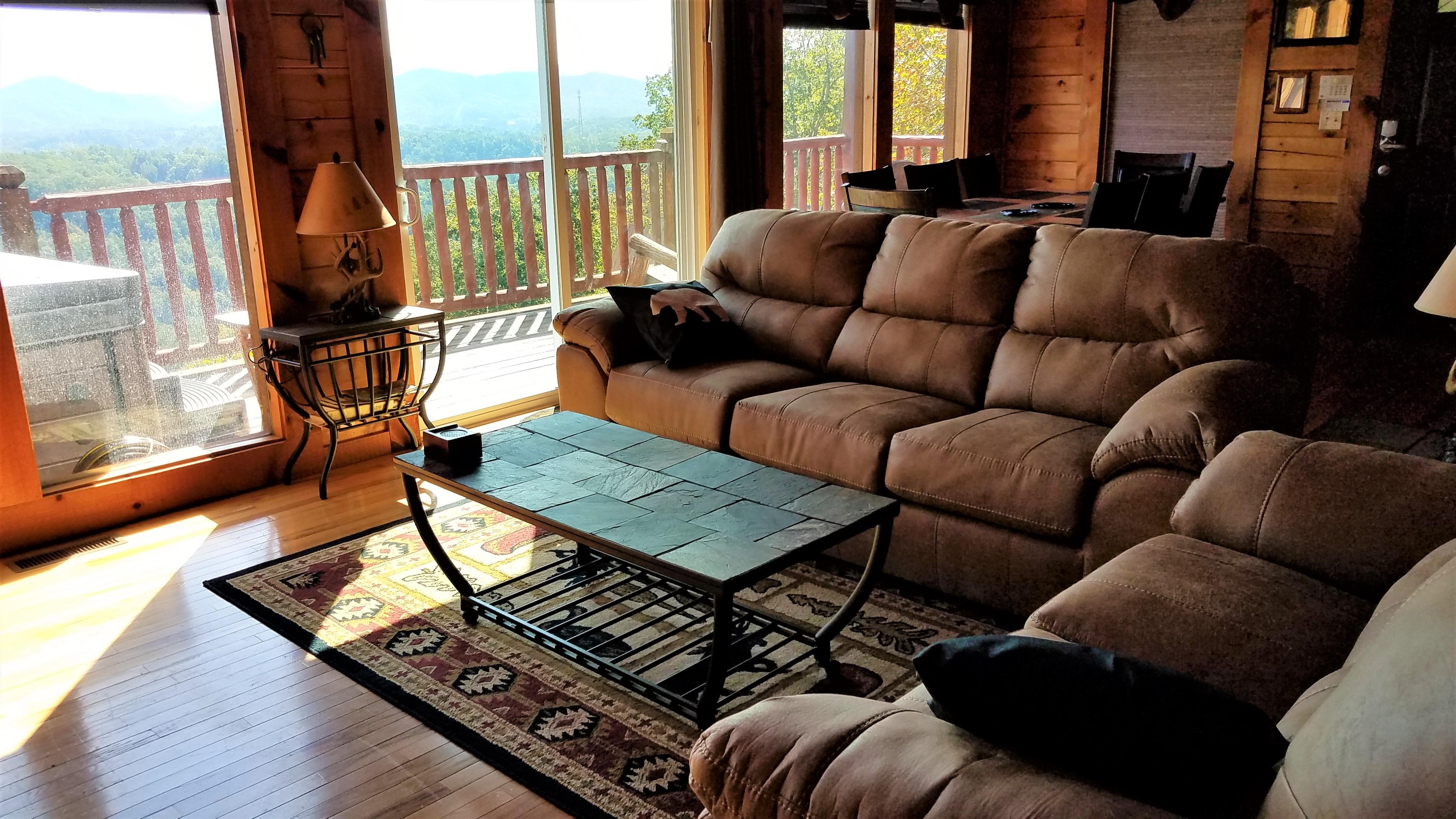 Peaks living room 3