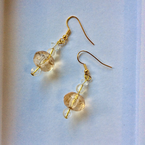 Earrings (sustainable materials) champagne colour