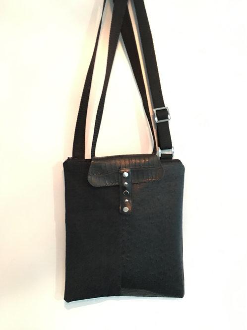 Walking bag (Sustainable repurposed materials)