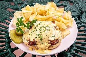 Casa Florida Brunch Eggs Benedict-min.jpg