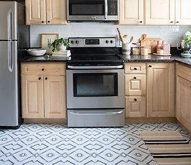 "Kitchen Reveal: Renter Friendly ""Reno"" With Quadrostyle Vinyl Floor Stickers"