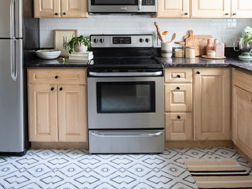 "Kitchen Reveal: Renter Friendly ""Reno"" With Quadrostyle Vinyl Floor Stickers"